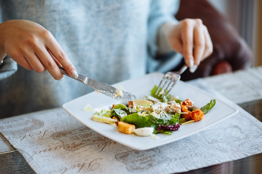 Eat Slowly to Lose Weight – 5 Health Benefits of Mindful Eating