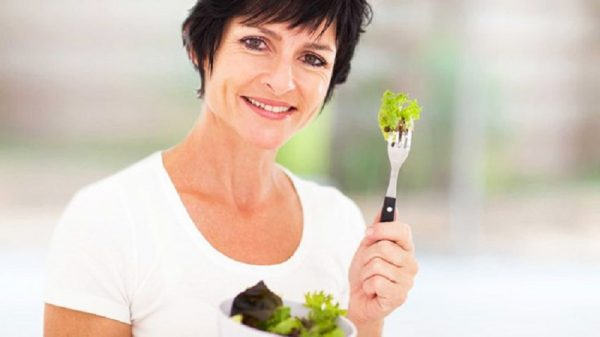 8 Things You Can Do To Prevent Menopause Weight Gain